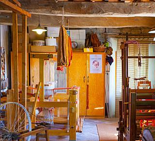 A unique hand weaving workshop! Hotel