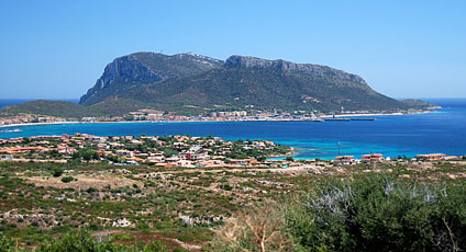 Golfo aranci hotels boutique hotels and luxury resorts for Golfo aranci sardegna