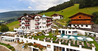 Alpin Garden Wellness Resort Ortisei Alta Badia hotels