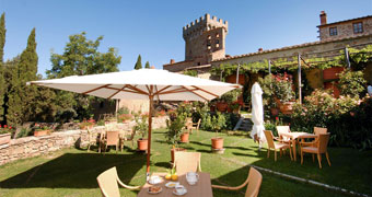 Castello di Gargonza Monte San Savino Siena hotels