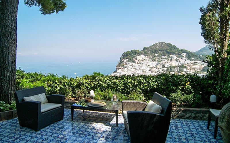 Villa laura hotels and b b on capri for Capri villa