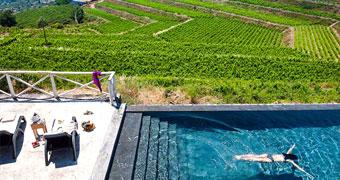 Wine Resort Villagrande Milo Hotel