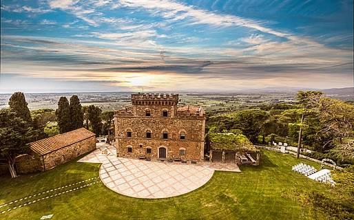 Castello di Segalari Luxury Villas Castagneto Carducci