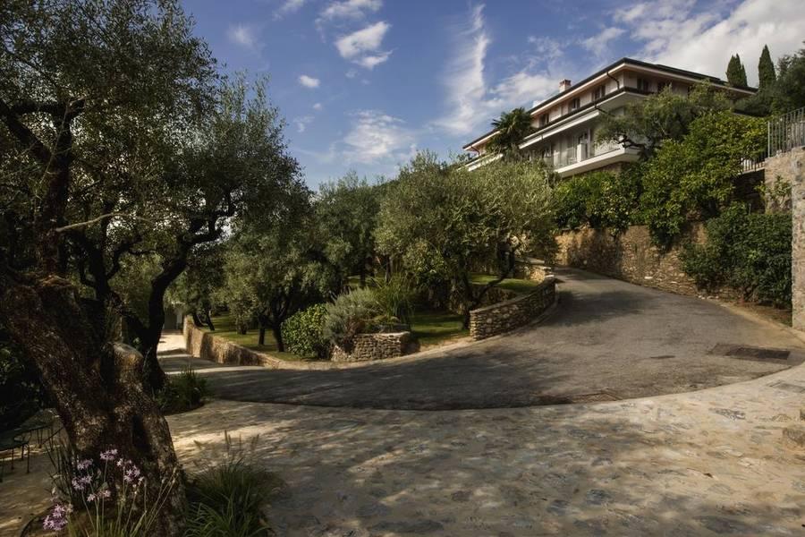 Villa gilda relax living montignoso e 96 hotel - Bagno gilda forte dei marmi ...