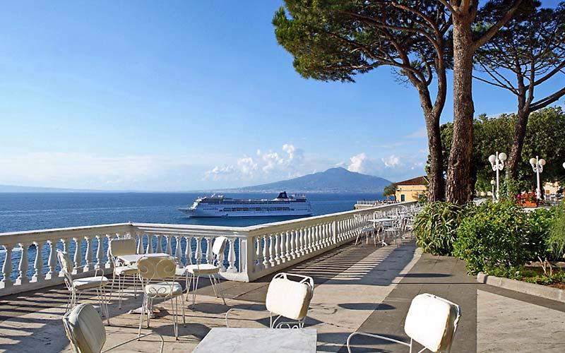 Grand hotel cocumella sorrento e 51 hotel selezionati for Luxury hotel 5 stelle