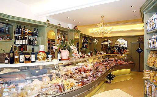 Macelleria da Michele Produtos t�picos Capri