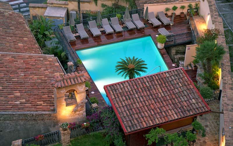 Hotel villa carlotta taormina and 71 handpicked hotels for Hotel villa taormina