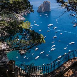 Tecnomar Boat Tour - Giro dell'isola di Capri su Motoscafo Luxury Itama 38